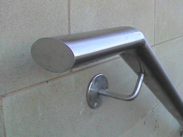 oval wall rail